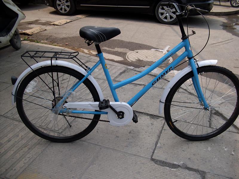 普通钢圈女式自行车